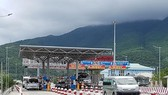 Three BOT toll booths suspended for delay in non-stop toll collection
