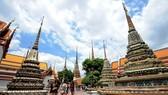 At a temple in Bangkok (Photo: Xinhua)
