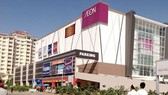 The temporary closure of AEON Mall 1 was announced late November 28. (Photo: AKP)