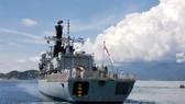 British navy warship docks at Cam Ranh Port, begins visit to Vietnam