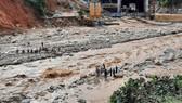 Thêm một vụ sạt lở vùi lấp 11 người tại Quảng Nam, 200 công nhân thủy điện bị cô lập