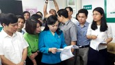 Bộ trưởng Bộ Y tế Nguyễn Thị Kim Tiến cùng đoàn công tác kiểm tra phòng khám tư nhân Thiên Tâm