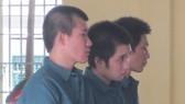 Ba đối tượng Hùng, Xuân, Tiền tại phiên tòa