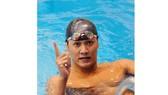 Kình ngư Hoàng Quý Phước hài lòng với chuyến tập huấn tại Hungary.            Ảnh: T.L
