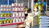 Xây dựng thương hiệu cho cây lúa, hạt gạo là hướng đi cần thiết để nâng cao giá trị