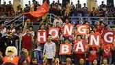 Các cổ động viên cuồng nhiệt – góp phần làm nên chiến thắng rực rỡ cho đội tuyển HIU trong ngày ra quân