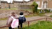 Anh: Hàng triệu trẻ em sống dưới mức chuẩn nghèo quốc gia