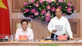 Thủ tướng Nguyễn Xuân Phúc phát biểu tại phiên họp