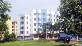 Khu chung cư tái định cư Vĩnh Lộc (Bình Chánh) trong tình cảnh xuống cấp, hoang phế dần