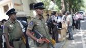 Cảnh sát Sri Lanka tăng cường an ninh để phục vụ cuộc bầu cử tổng thống. Ảnh: AP