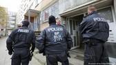 Cảnh sát Đức phát hiện ít nhất 36 trường hợp có bằng chứng liên quan đến hoạt động buôn người cũng như bóc lột sức lao động
