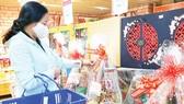 Saigon Co.op: Hệ thống siêu thị rầm rộ giảm giá hàng Tết, chiết khấu mạnh cho đơn hàng giỏ quà đặt sớm