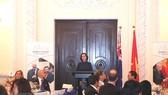 Tổng Lãnh sự Australia tại Thành phố Hồ Chí Minh Julianne Cowley phát biểu tại buổi lễ. Ảnh: TTXVN