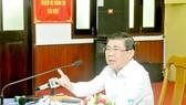 Chủ tịch UBND TPHCM Nguyễn Thành Phong  phát biểu tại buổi làm việc. Ảnh: CAO THĂNG
