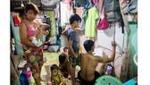Một gia đình nghèo ở thành phố Makati, Philippines