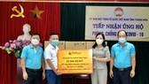 T&T Group tặng 50.000 bộ kit xét nghiệm nhanh Covid-19 trị giá 7,5 tỷ đồng cho Thanh Hoá và Kiên Giang  
