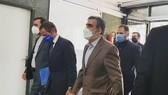 Giám đốc Cơ quan Năng lượng nguyên tử quốc tế (IAEA) Rafael Grossi (giữa) đến Tehran để hội đàm với các quan chức Iran ngày 12-9. Ảnh: IRNA/TTXVN