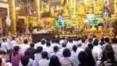 """""""Thỉnh vong"""" và """"oan gia trái chủ"""" ở chùa Ba Vàng không đăng ký hoạt động tôn giáo"""