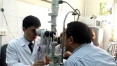 Gia tăng bệnh về mắt, cảnh báo những sai lầm khi chăm sóc mắt