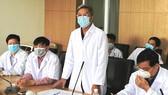Thứ trưởng Nguyễn Trường Sơn: Phải nghiêm khắc hơn để thầy thuốc không bị lây nhiễm