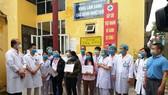 Một bệnh nhân Covid-19 vừa khỏi bệnh ra viện lại nhập viện trở lại vì dương tính virus SARS-CoV-2