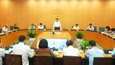 Ông Nguyễn Đức Chung, Chủ tịch UBND TP Hà Nội chủ trì phiên họp phòng, chống dịch Covid-19 vào sáng 9-8