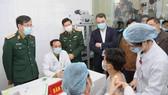 """Sáng nay, Việt Nam chính thức tiêm thử nghiệm vaccine Nano Covax: """"Bắt đầu trận đánh lớn"""""""