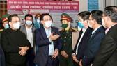 Hà Nội hủy bắn pháo hoa, xem xét mua vaccine ngừa Covid-19 cho người dân