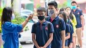 Học sinh Hà Nội trở lại trường ngày 2-3