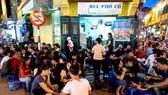 Hà Nội mở lại nhiều dịch vụ nhưng yêu cầu đóng cửa trước 21 giờ