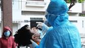 Ngày 1-10, có 6.957 ca mắc Covid-19 và hơn 27.000 người khỏi bệnh