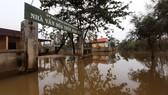 Thôn Xuân Tùy, xã Quảng Phú, huyện Quảng Điền, tỉnh Thừa Thiên - Huế gặp nhiều khó khăn do ngập lụt kéo dài hơn 1 tháng nay