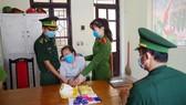 Đối tượng Nguyễn Thị Lương và tang vật bị bắt giữ