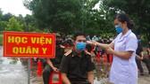 Bàn giao 112 học viên quân sự Lào sau thời hạn cách ly 14 ngày