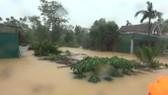 Nhiều nhà dân ở huyện Cẩm Xuyên, Hà Tĩnh bị ngập nước sâu