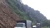 Các phương tiện đã qua lại thông suốt trên Quốc lộ 8A sau nhiều giờ bị ách tắc