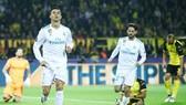 Ronaldo (trái) tiếp tục cùng Real Madrid thể hiện bộ mặt ấn tượng đến bất ngờ tại Champions League. Ảnh: Getty Images.