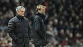 Kenny Dalglish tin rằng Mourinho sẽ không dũng cảm đôi công với Jurgen Klopp. Ảnh: Getty Images