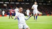 Eden Hazard ghi bàn là 1 trong nhiều tín hiệu lạc quan đang trở lại với Chelsea. Ảnh: Getty Images