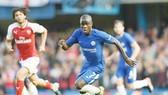 N'Golo Kante có thể phải ra sân dù chưa hoàn toàn bình phục. Ảnh: Getty Images