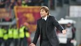 HLV Antonio Conte vẫn đầy lạc quan về tương lai. Ảnh: Getty Images