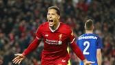 Virgil van Dijk mừng bàn thắng đưa Liverpool vào vòng 4 Cúp FA. Ảnh: Getty Images