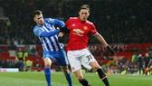 Nemanja Matic (phải) là một trong số ít cầu thủ chơi tốt nhất trước Brighton. Ảnh: Getty Images