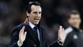 HLV Unai Emery sẽ sớm đối mặt với những vấn đề khó chịu tại Arsenal. Ảnh: Getty Images