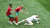 Ronaldo bị phạm lỗi nhiều trong trận đấu với Morocco. Ảnh Getty Images