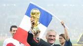 HLV Didier Deschamps luôn tin đội tuyển của ông xứng đáng là nhà vô địch. Ảnh: Getty Images
