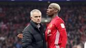 HLV Jose Mourinho khẳng định hài lòng với đội hình và Paul Pogba hạnh phúc tại Man.United. Ảnh: Getty Images
