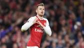 Aaron Ramsey muốn ở lại, nhưng Arsenal không sẵn sàng đáp ứng yêu cầu của anh. Ảnh: Getty Images