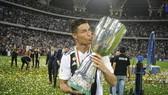 Cristiano Ronaldo và danh hiệu đầu tiên cùng Juve. Ảnh: Getty Images