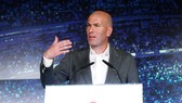 "Zinedine Zidane lần thứ 2 nhận nhiệm vụ ""chữa cháy"" ở sân Bernabeu. Ảnh: The Sun"